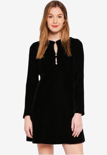 Guess black Eliana Velvet Long Sleeve Mini Dress 1D632AA947617EGS_1