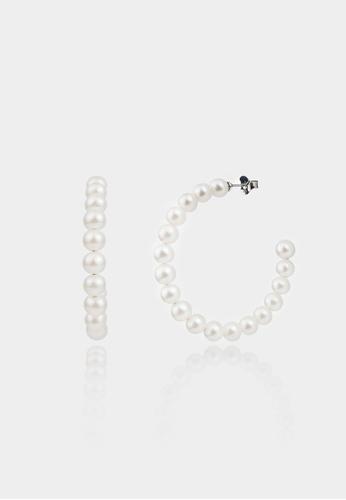monojewelry CERISE PEARL HOOP EARRINGS A5539ACA39DD88GS_1