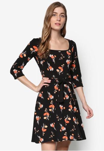 七分袖印花腰帶洋裝, esprit手錶專櫃服飾, 洋裝