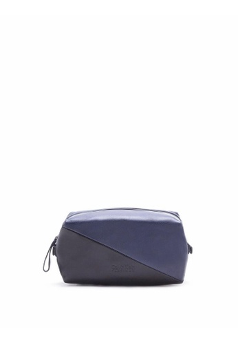 Calvin Klein black 2-Toned Medium Dopp Kit 618C1AC66B91A5GS_1