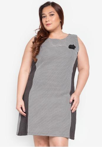 Hint grey Plus Size Sleeveless Dress With Flower Design HI373AA0KJ7QPH_1