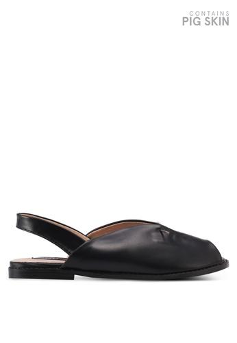 LOST INK black Cami Pearl Bar Flat Sandals LO238SH0T1RIMY_1