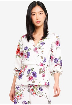 461d78d6dbeee Dorothy Perkins white Floral Button Hem Long Sleeve Top F9D16AA0DD3111GS 1