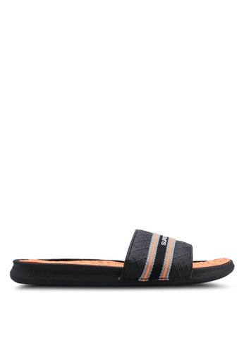 Superdry black and multi Crewe International Slides 8ABD4SHB526EF3GS_1