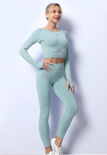 Twenty Eight Shoes green VANSA Pure Color Long-Sleeved Yoga Set  VPW-YAM680 77E67AAA628D92GS_1