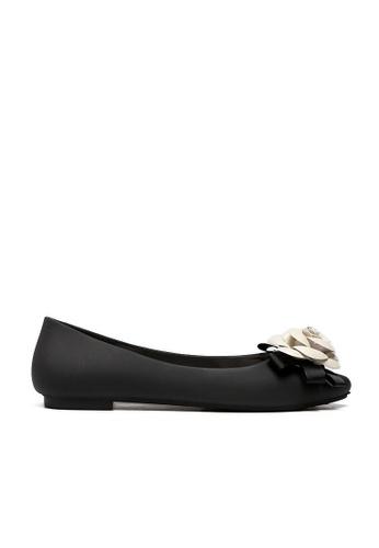 Halo black Summer Flower Waterproof Flats Shoes HA156SH71QXSHK_1