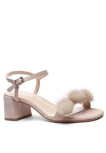 Twenty Eight Shoes Fur Ball Strap MId Heel Sandals 1800-30 38ACFSH17F77D8GS_1