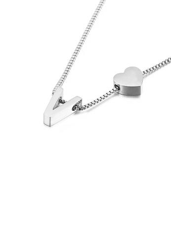 Glamorousky 銀色 簡約時尚心形英文字母V 316L鋼吊墜配項鏈 43301ACC70AEF7GS_1