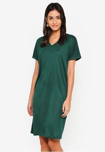 ZALORA BASICS green Basic V-Neck Shift Dress F3A59AA0F104BEGS_1