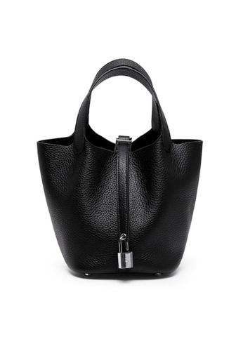 Twenty Eight Shoes black VANSA Simple Leather Bucket Hand Bag VBW-Hb928700S 37107ACBD0A992GS_1