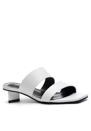 Twenty Eight Shoes Modern Style Flat Sandals 865-2 ADBF0SH3AB89EDGS_1