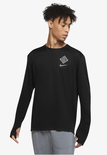 Nike black and grey Pacer Wild Run Graphic Running Crew Sweatshirt DD63CAAC5F9F8FGS_1