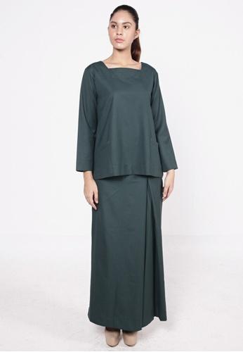 Tatti Kurung Emerald Green from HESHDITY in Green