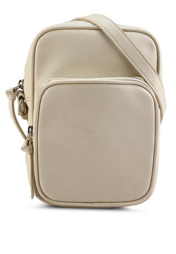 GLOBAL WORK beige Casual Sling Bag 67EE0AC625A479GS_1