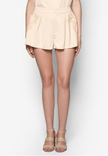蕾絲zalora 評價鉤花拼接短褲, 服飾, 休閒短褲
