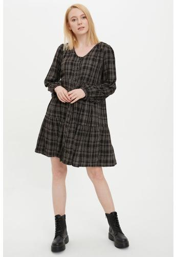 DeFacto 黑色 Long Sleeve Mini Dress 6C913AA0DC34F7GS_1