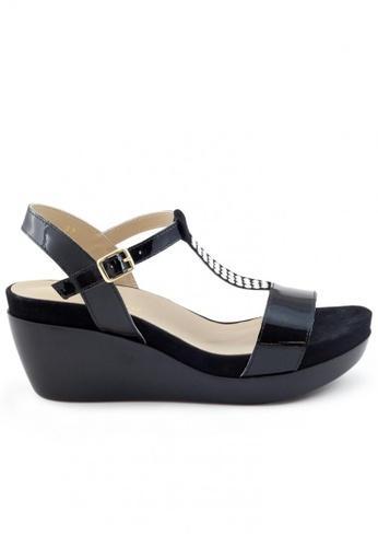 Shu Talk 黑色 漆皮窩釘T帶鬆糕涼鞋 SH544SH099T5TW_1