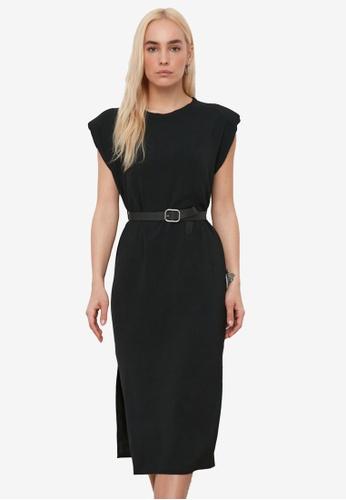 Trendyol black Padded Shoulder Midi Belt Dress 0575AAA79F9D88GS_1