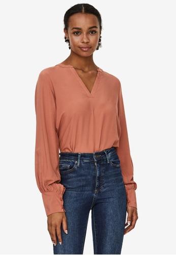 Vero Moda orange Dilla V-neck Top 2E33BAA1D26502GS_1