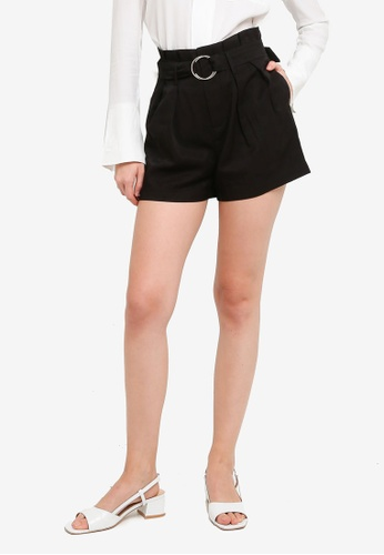 Hopeshow black Paperbag Waist Loose Cuff Shorts with O-ring Belt 3BC03AA7C87112GS_1