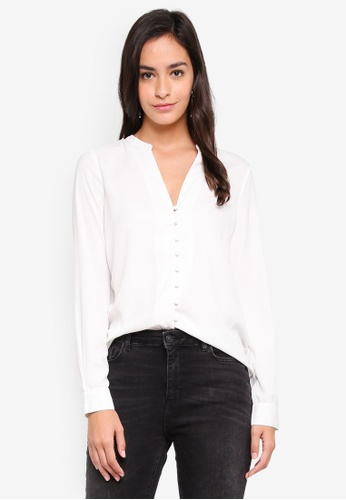 Vero Moda white Zoey Button Shirt 65107AAE4D5C64GS_1