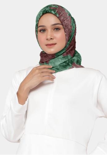 zelena green Keshwari Scarf Plisket Hijab Square Kerudung Motif Exclusive - Aprodite 6ED1EAA4062B2BGS_1