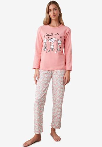 Trendyol multi Novel Cat Print Knitted Pajamas Set FA4EAAA829B06FGS_1