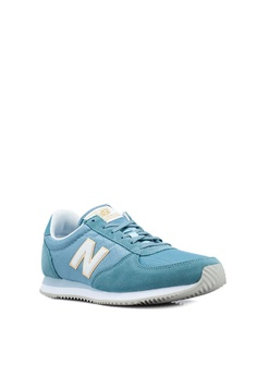reputable site d2a82 1ef63 15% OFF New Balance 220 Lifestyle Shoes RM 239.00 NOW RM 202.90 Sizes 5 6 7  8 9