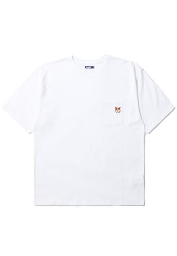 BLOCKAIT white Akita Ken embroidery pocket tee E54A9AA7E1602EGS_1