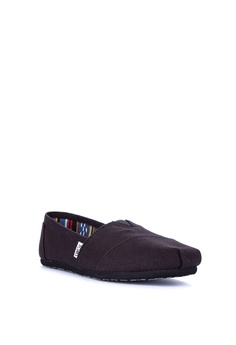 3650845f6 TOMS Alpargata Sneakers Php 3,398.00. Available in several sizes