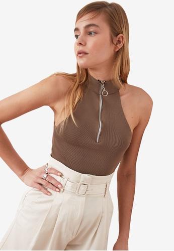 Trendyol beige Zipper High Neck Halter Top BE9FBAA5970DFEGS_1