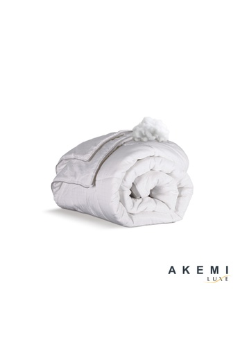 AKEMI white AKEMI Luxe Alternative Down Quilt. AE642HLCCD7F7EGS_1