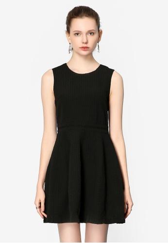 Hopeshow black Round Neck Sleeveless Dress 7C5BAAA9FBEEC4GS_1