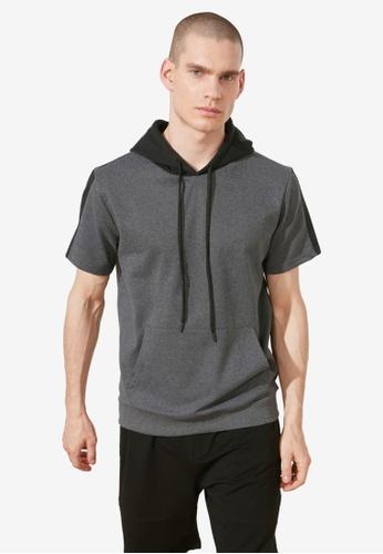 Trendyol black Colorblock Short Sleeve Sweatshirt DE160AA28C30C3GS_1