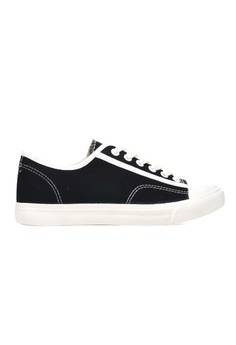 a7fe58158a New York Sneakers Available at ZALORA Philippines