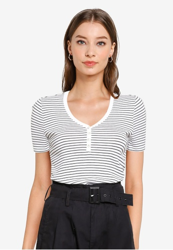 GAP black and white Short Sleeve Henley Tee D5C6FAA12ADC70GS_1