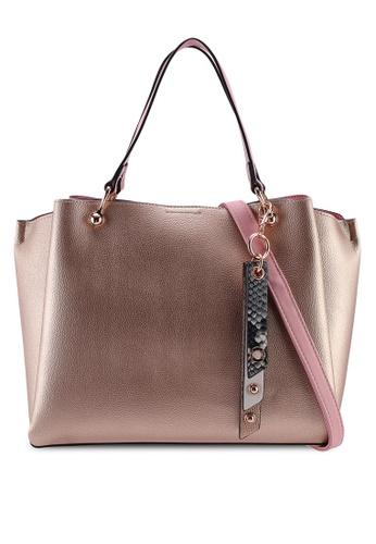 ed3d28d377b2 Nusz Shoulder Bag