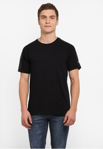 UniqTee black Contrast Shoulder Patch Short Sleeve Tee UN097AA0SHCZMY_1