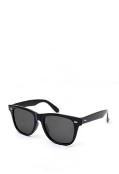f776e88328f Peculiar and Odd black Wayfarer Oversized 1125 Classic Sunglass  FFE8EGL1DA8A1EGS 1