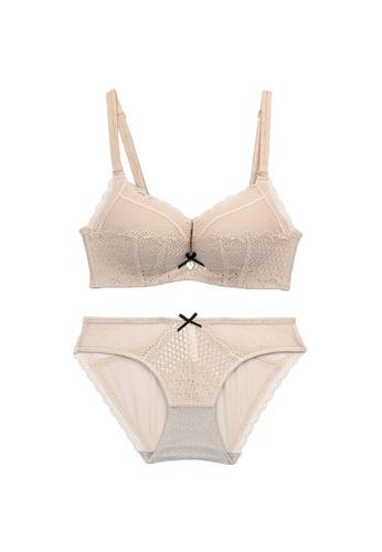 Midnight 米褐色 Premium Lace Beige Lingerie Set (Bra and Underwear) DE66DUS997D56DGS_1