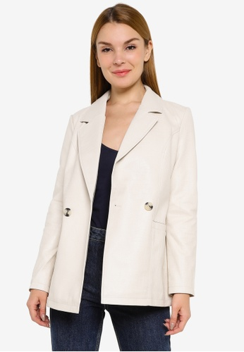 Vero Moda beige Nynnealicia Coated Jacket C4849AAF617CC2GS_1