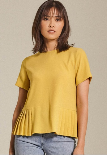 Dressing Paula yellow Pleated Crepe De Chine Top A4EC0AAA341EB2GS_1