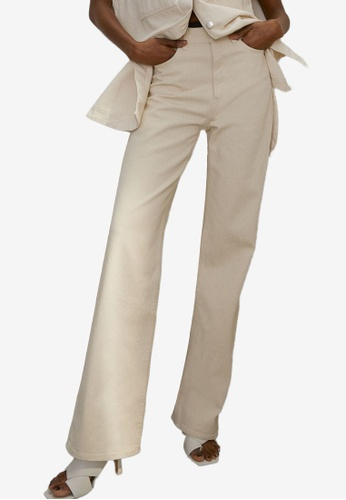 H&M white and beige Straight High Jeans 1DC74AA0E92C86GS_1