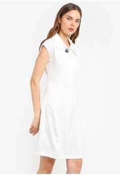 16bc6cc701f4 ZALORA white Wide Collars Fit And Flare Dress 34148AAFADEEA1GS_1
