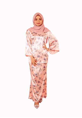 FATIMÉ grey and pink and blue Satin Flare Zainab (Soft Pink) 60CB9AAA1A68C7GS_1
