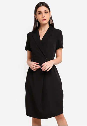 ZALORA 黑色 Lapel Collar Dress 8B8D2AA1E78285GS_1