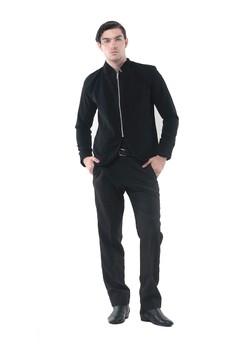 46% OFF Crows Denim Crows Denim - Blazer Desain Zipper Style Rp 740.000  SEKARANG Rp 396.600 Ukuran S M L XL ef3752b7ba