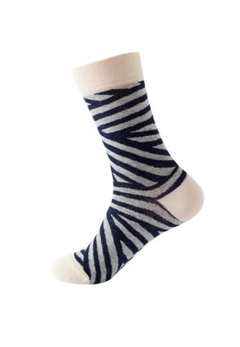 Kings Collection blue Stripe Pattern Cozy Socks (One Size) HS202386 2D6E8AACE15B26GS_1