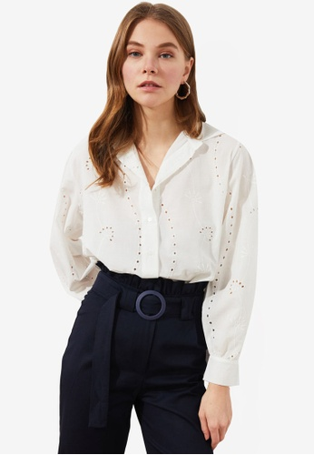 Trendyol white Embroidery Detail Loose Fit Blouse A488EAAF4AE602GS_1