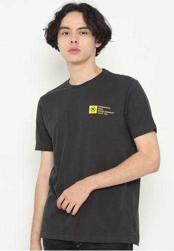 XTRAORDINARY (XO) black Graphic Cotton Combed Fashion Tee 43FB5AAE5B8636GS_1